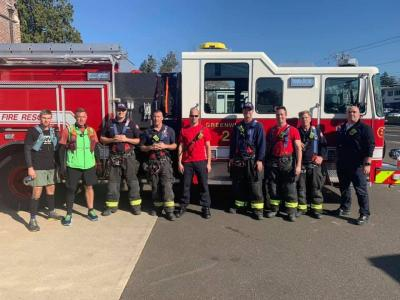 The runners at a fire station in Greenwich, CT. Photo courtesy: Facebook/500 miles to end veteran suicide